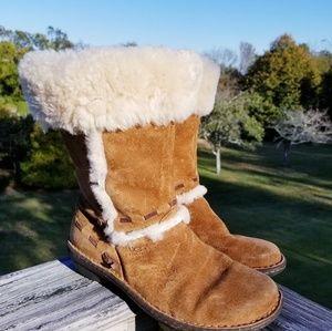 UGG Elijo Boots S/N 5674